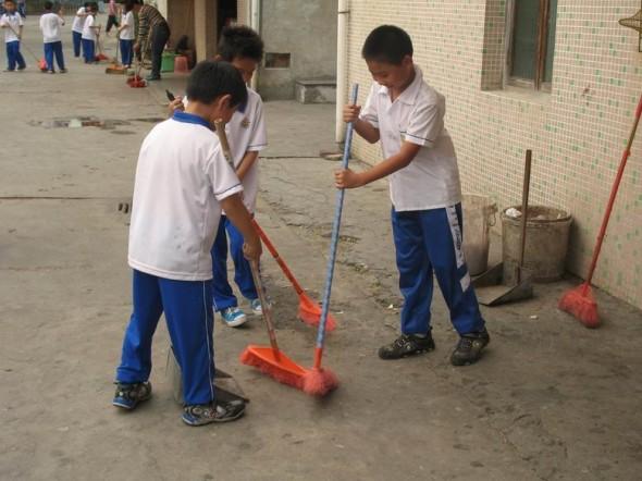 高:劳动节毕业学校周边艺校a学校考初中清扫街道安阳图片