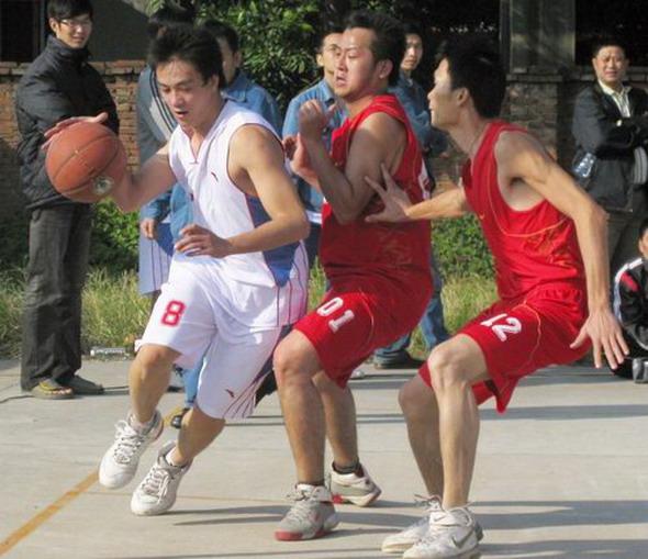 东糖集团举办集团公司篮球赛